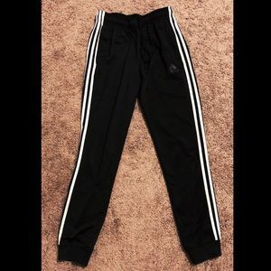 Adidas Athletic Stretchable Joggers